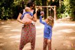 Cruz envolvente: um jeito prático de amarrar o bebê no wrap sling